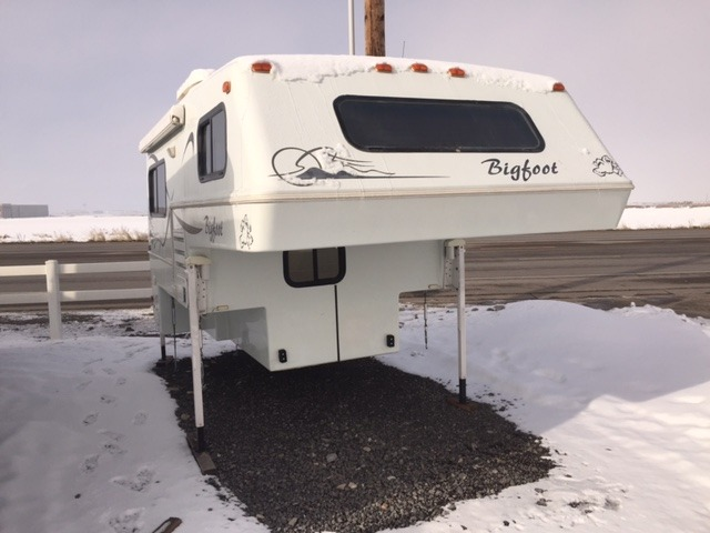 Bigfoot 2500 c 8 11 rvs for sale 2003 bigfoot 2500 c 811 publicscrutiny Choice Image