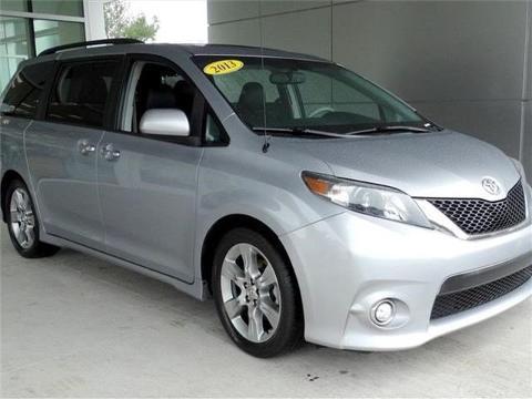2013 Toyota Sienna 4 Door Passenger Van