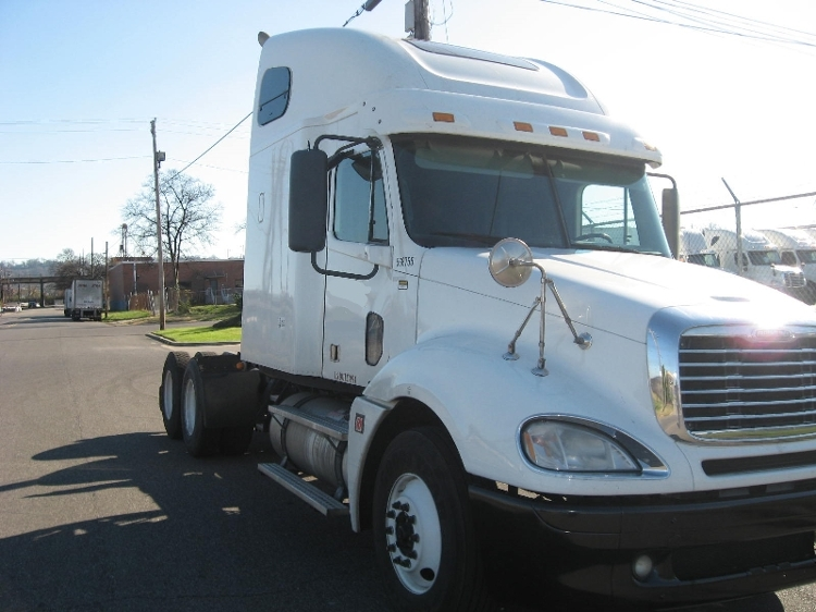 2009 Freightliner Cl12064st-Columbia 120