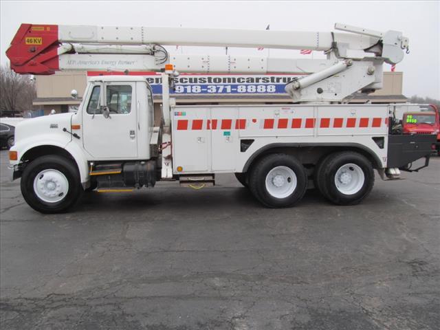 2000 International 4900 Dt466e