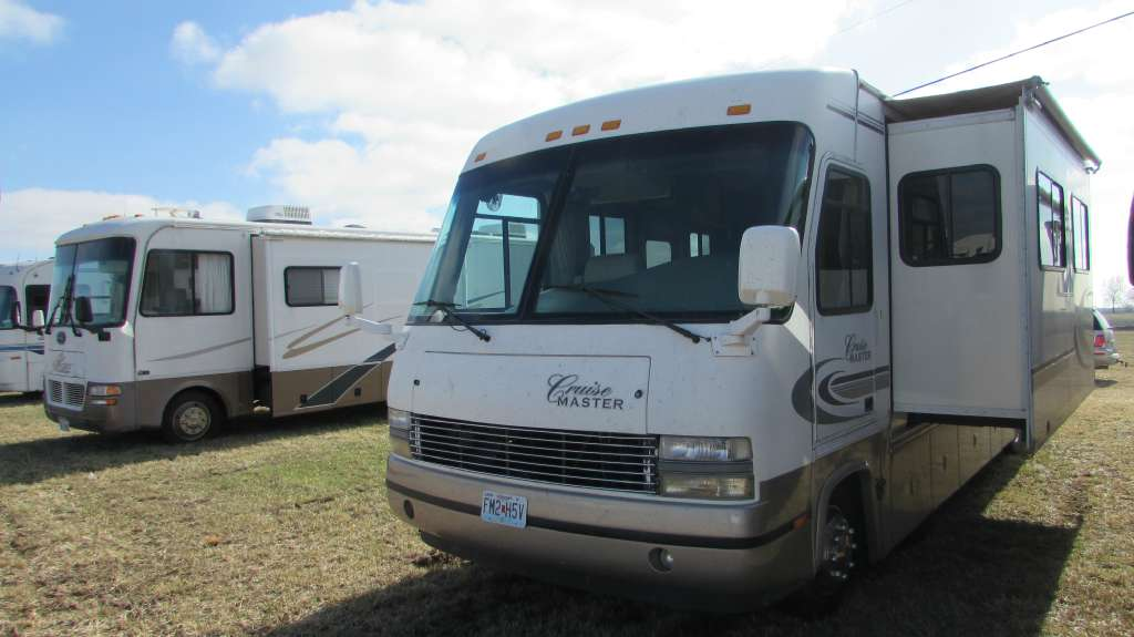 1999 Georgie Boy Cruise Master 3515S