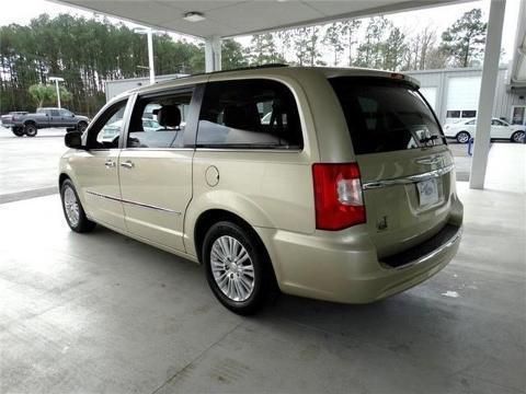 2012 Chrysler Town & Country 4 Door Passenger Van