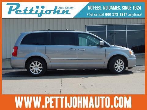 2015 Chrysler Town & Country 4 Door Passenger Van