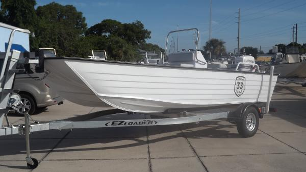 2016 18 BAY CAT CC Bay