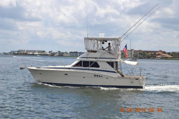 1986 Chris-Craft 422 Commander