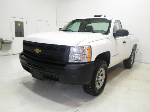 2009 Chevrolet Silverado 1500 2 Door Regular Cab Truck
