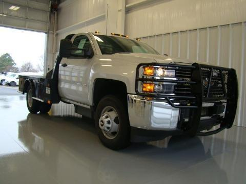 2015 Chevrolet Silverado 3500HD Chassis 2 Door Chassis Truck