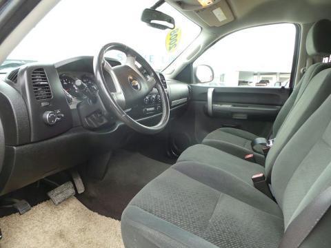 2008 Chevrolet Silverado 1500 4 Door Crew Cab Short Bed Truck