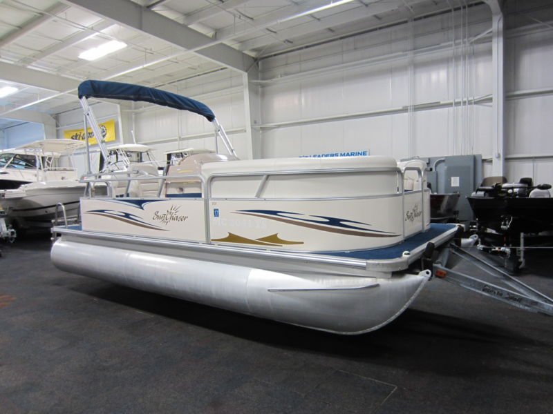 2007 Smokercraft Sunchaser 818 Cruise With Only 17 Engine Hours!