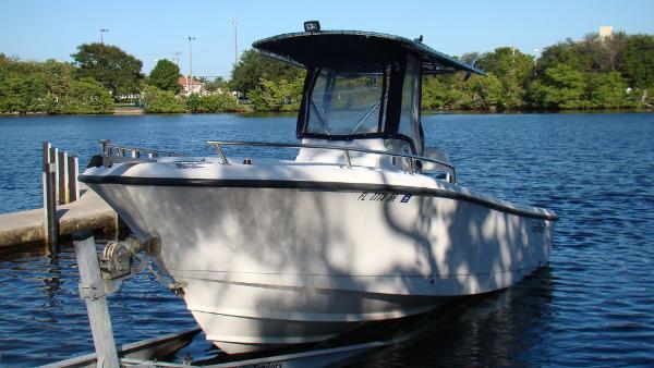 2006 Edgewater 225 CC