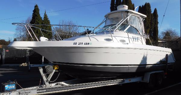 1999 Wellcraft Coastal 270