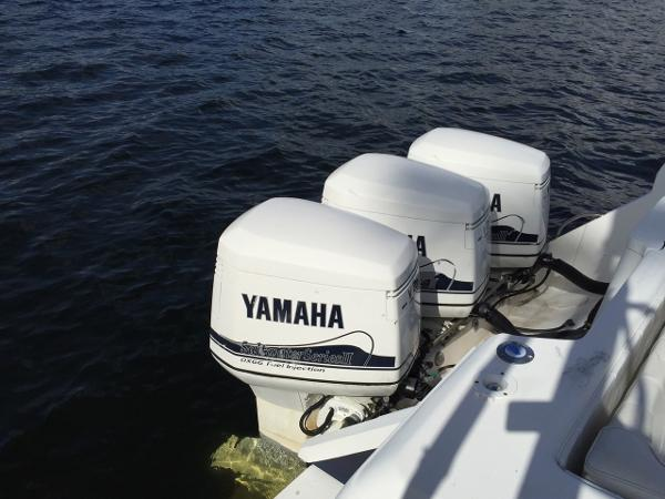 2002 Yamaha 250 hp EFI TWIN PAIR OX66 Engine and Engine Accessories