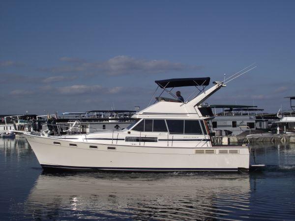 1988 Bayliner 3818 Motoryacht-SOLD