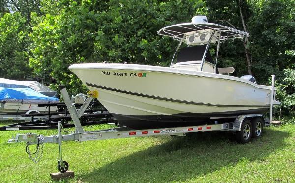 2002 Scout Boats 235 Sportfish