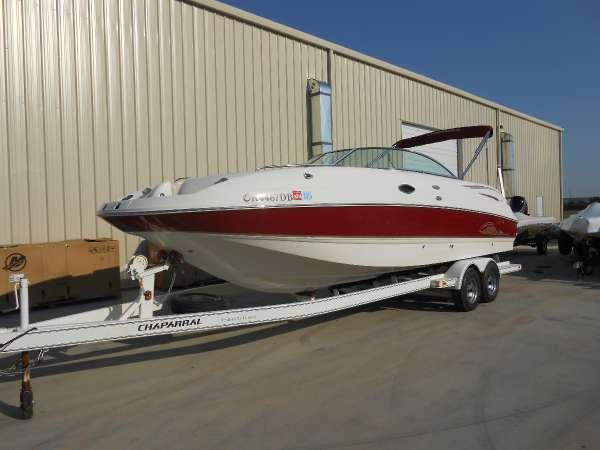 2004 Chaparral 274 Sunesta Deckboat