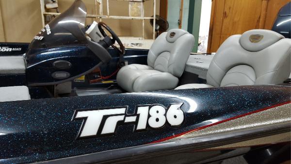 2005 Triton TR186