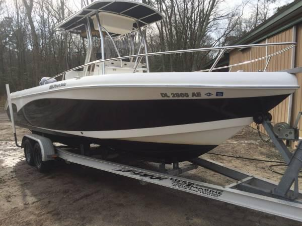 2006 Carolina Skiff Sea Chaser 2400