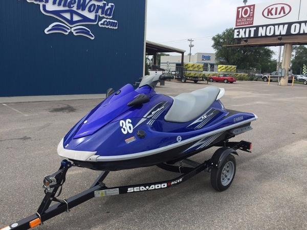 Yamaha vx deluxe boats for sale in kansas for Yamaha waverunner vx