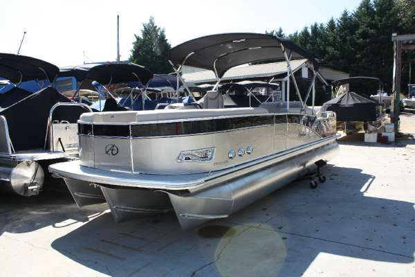 2016 Avalon Catalina DRL - 25 ft. Length Class