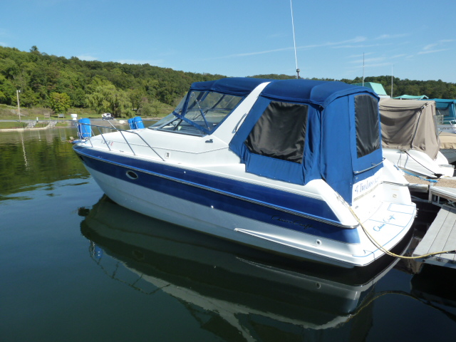 1996 Chris Craft 33 Crowne