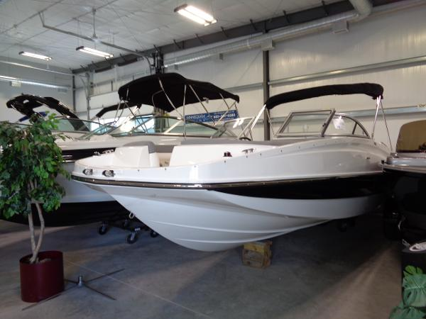 2015 Bayliner 195 DB