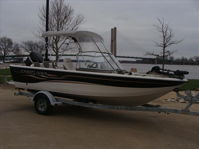 2005 Crestliner Sportfish 1850 O/B