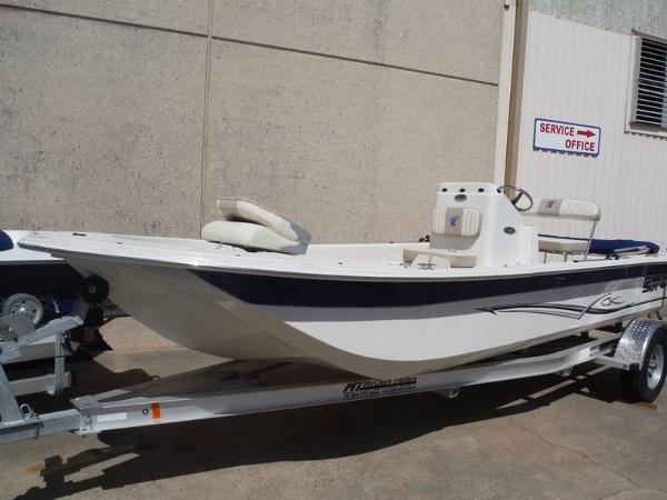 2015 Carolina Skiff JVX Series 20CC