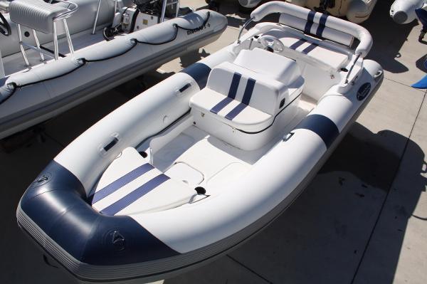 2015 Aqua Sprinter