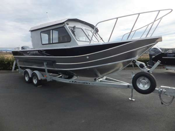2017 Weldcraft Marine 240 Ocean King