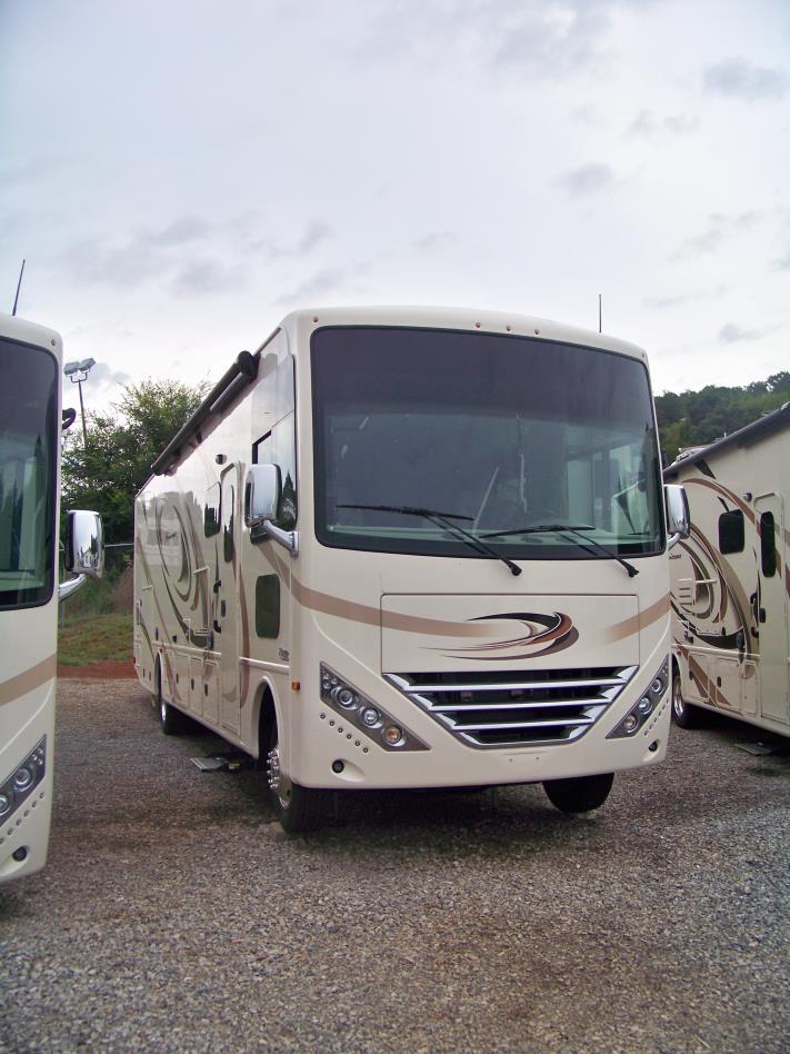 2017 Thor Motor Coach HURRICANE 34F