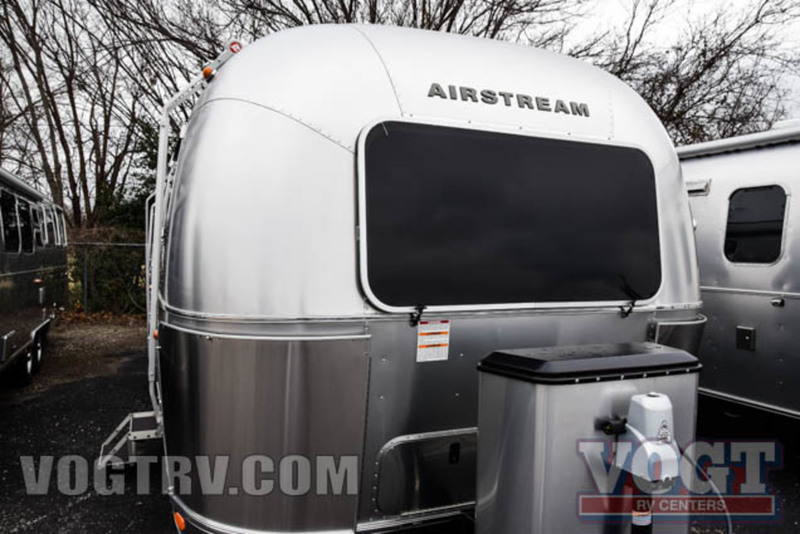 2017 Airstream Flying Cloud 30FB