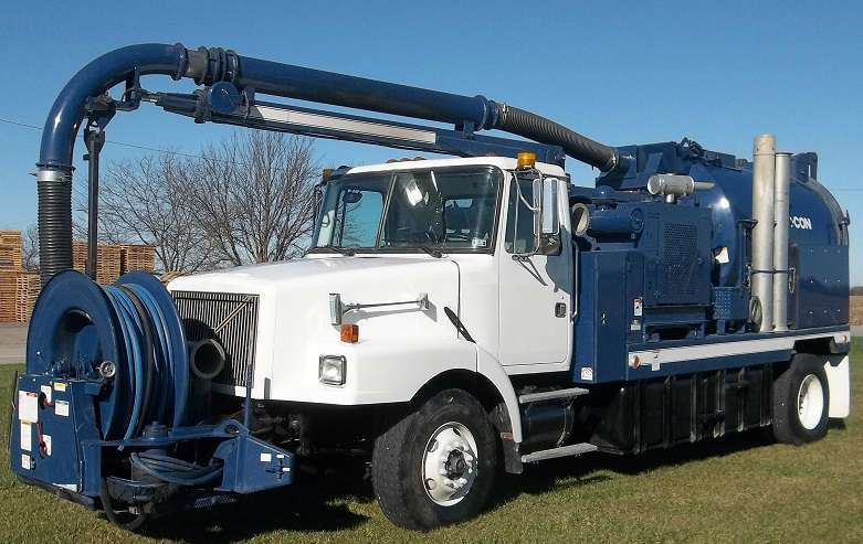 2000 Vac-Con V390/1000lha Combination Sewer Cleaner - Fan Tanker Trailer