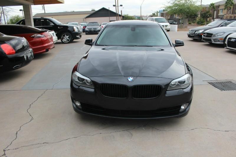 2012 BMW 5 Series 4dr Sdn 528i RWD