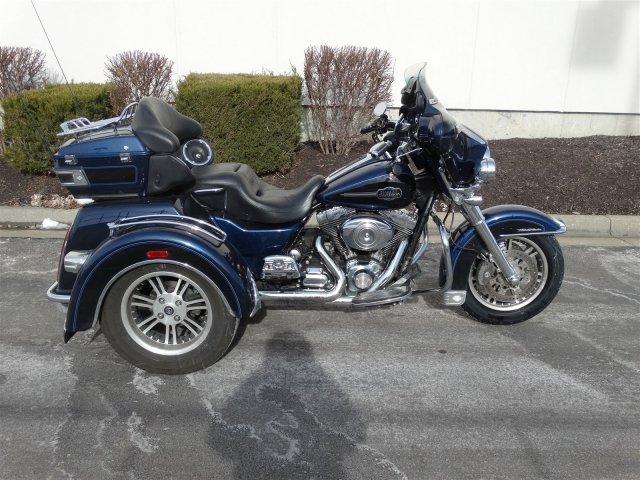 2012 Harley-Davidson Trike Tri Glide Ultra Classic FLHTCUTG