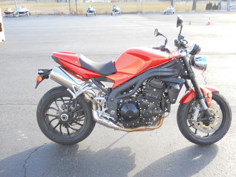 2009 Triumph SPEED TRIPLE 1050