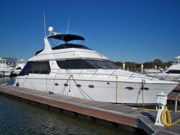 1999 CARVER YACHTS 530 Voyager