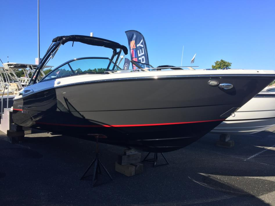 2017 Monterey 278SS