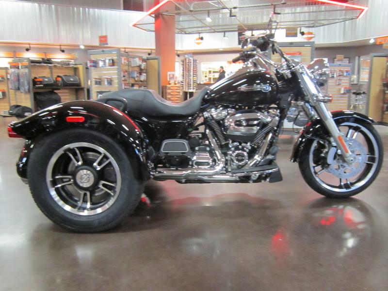2017 Harley-Davidson FLRT - Freewheeler