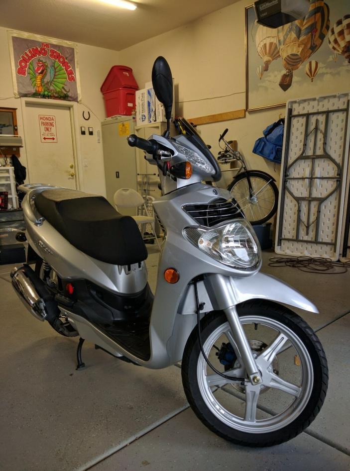 2009 SYM HD 200