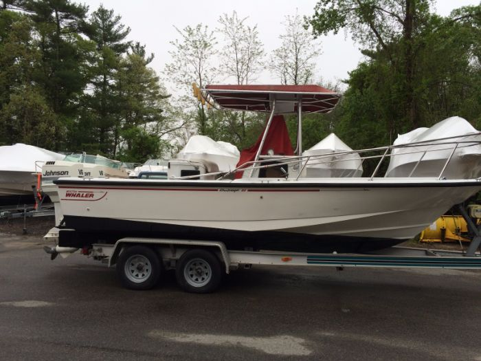 1993 Boston Whaler 21 Outrage