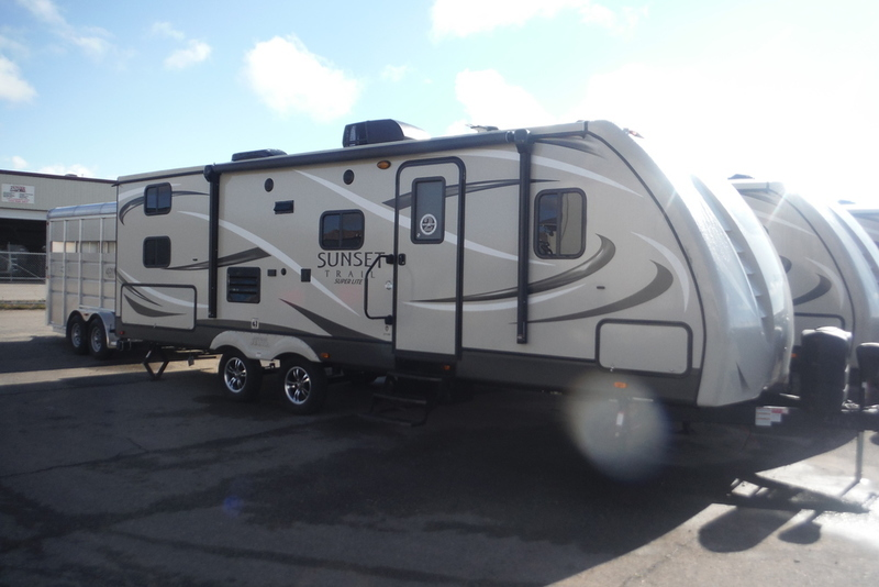 2017 Crossroads Rv Sunset Trail 270 BH