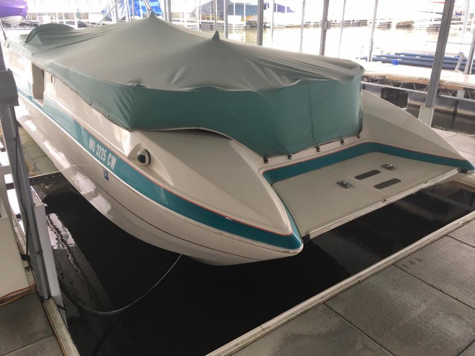 1993 Bayliner 2609