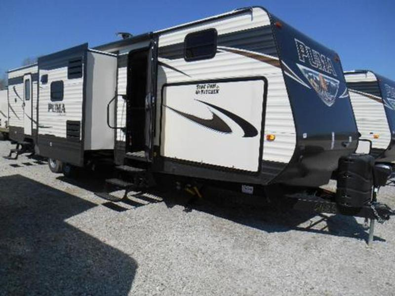 2017 Palomino Puma Travel Trailer 32FBIS