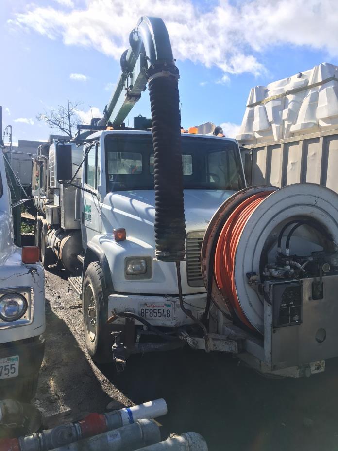 1998 Vactor 2100  Vacuum Truck
