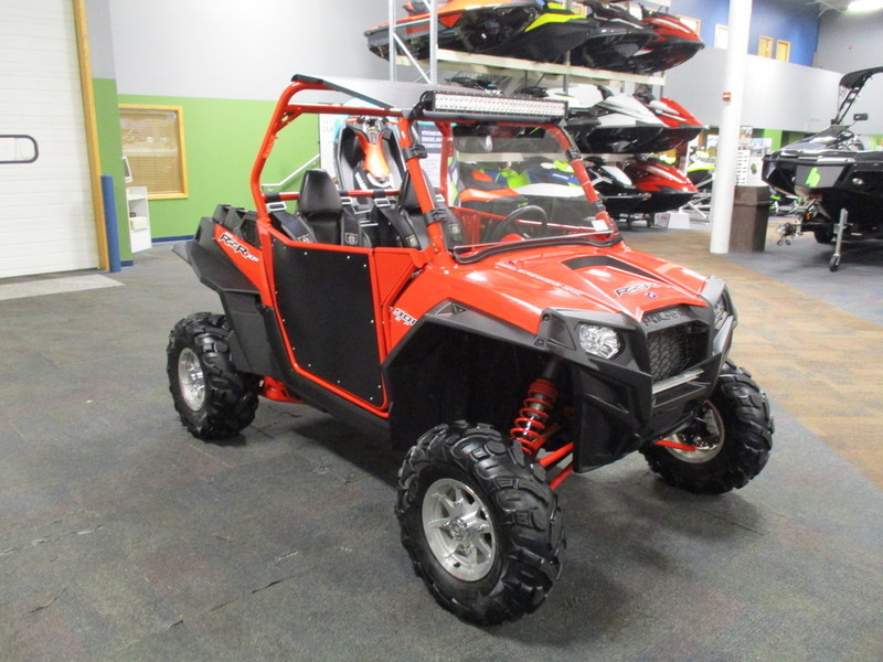 polaris rzr xp 900 efi indy red motorcycles for sale. Black Bedroom Furniture Sets. Home Design Ideas