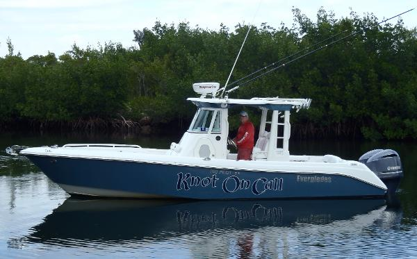 2007 Everglades 290 Pilot