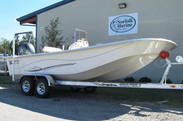 2017 Carolina Skiff DLV 218