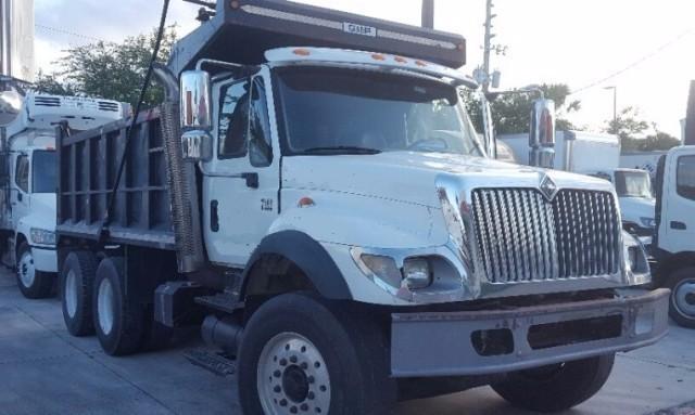 2004 International Workstar 7400  Dump Truck