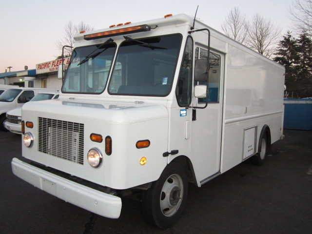 2003 Workhorse Route Star Step Van  Stepvan