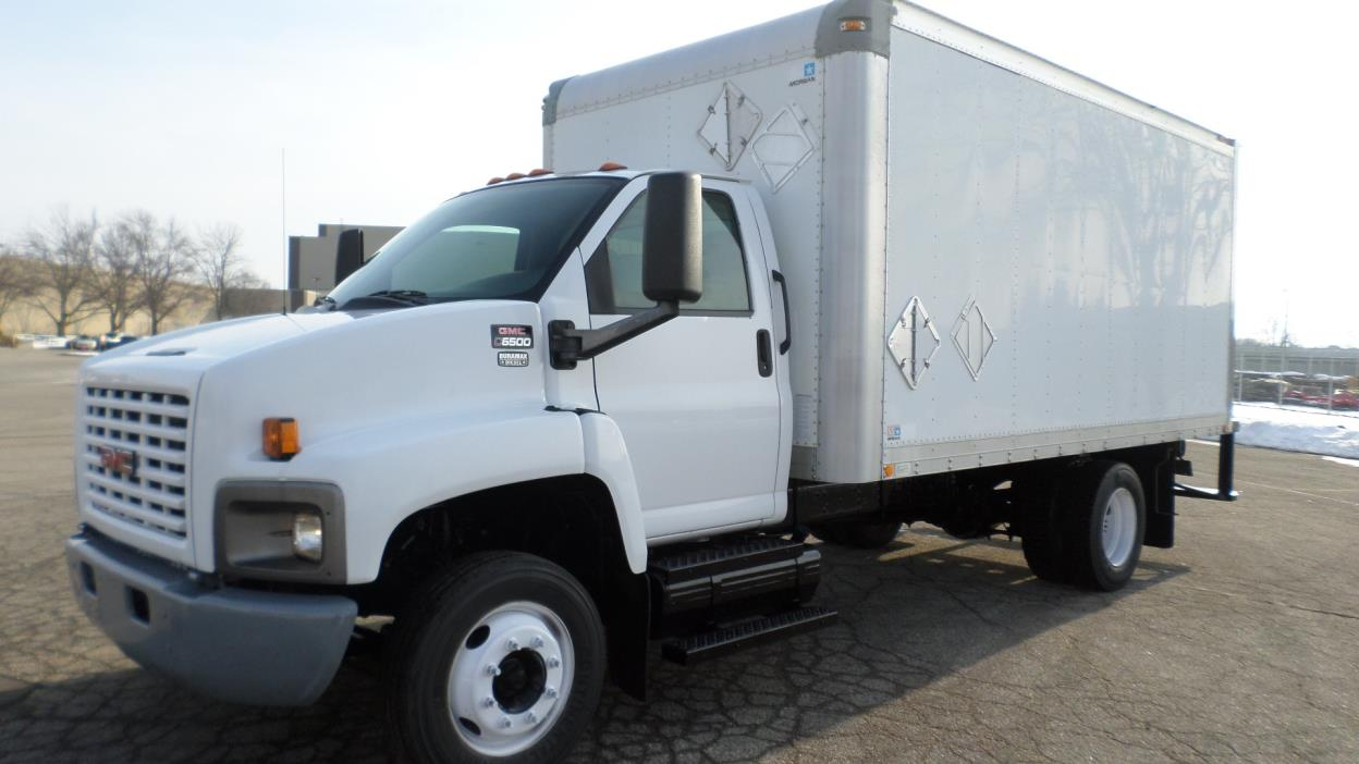 2005 Gmc C6500  Box Truck - Straight Truck